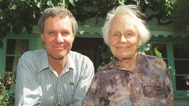 Author, feminist and activist Elsie Locke, pictured with her son, former Green MP Keith Locke, died in 2001.