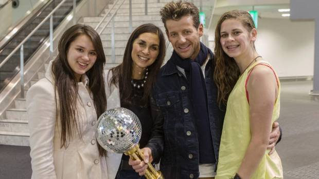 Dancing with the Stars winner Simon Barnett returns home to Christchurch with wife Jodi and youngest daughters Lily, 15, ...