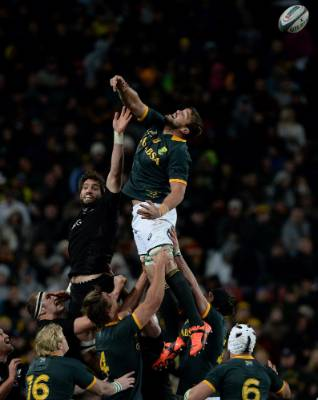 All Blacks lock Sam Whitelock contests the lineout with Springboks tall timber Flip van der Merwe.