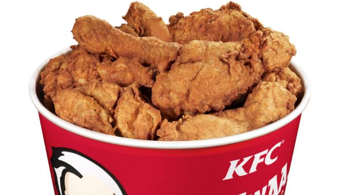 Woman Sues Kfc For 28m After Chicken Bucket Isnt Filled To Top