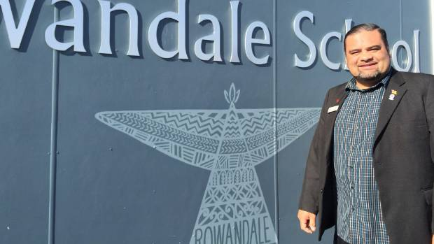 Rowandale School principal Karl Vasau says the school is in desperate need of help, with more than 30 kids in 10 classrooms.