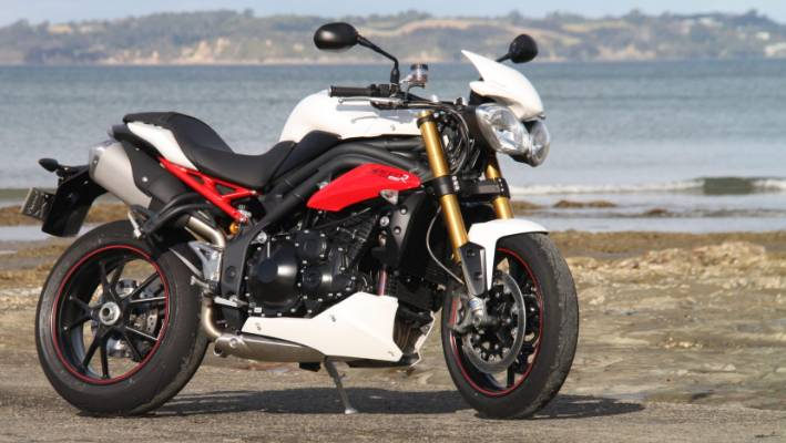Road Oriented Triumph Speed Triple Shows The Benefits Stuffconz