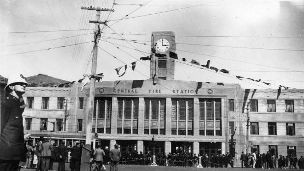 Wellington's central fire station is opened on December 1, 1937, topped by the famous Blundell clock.