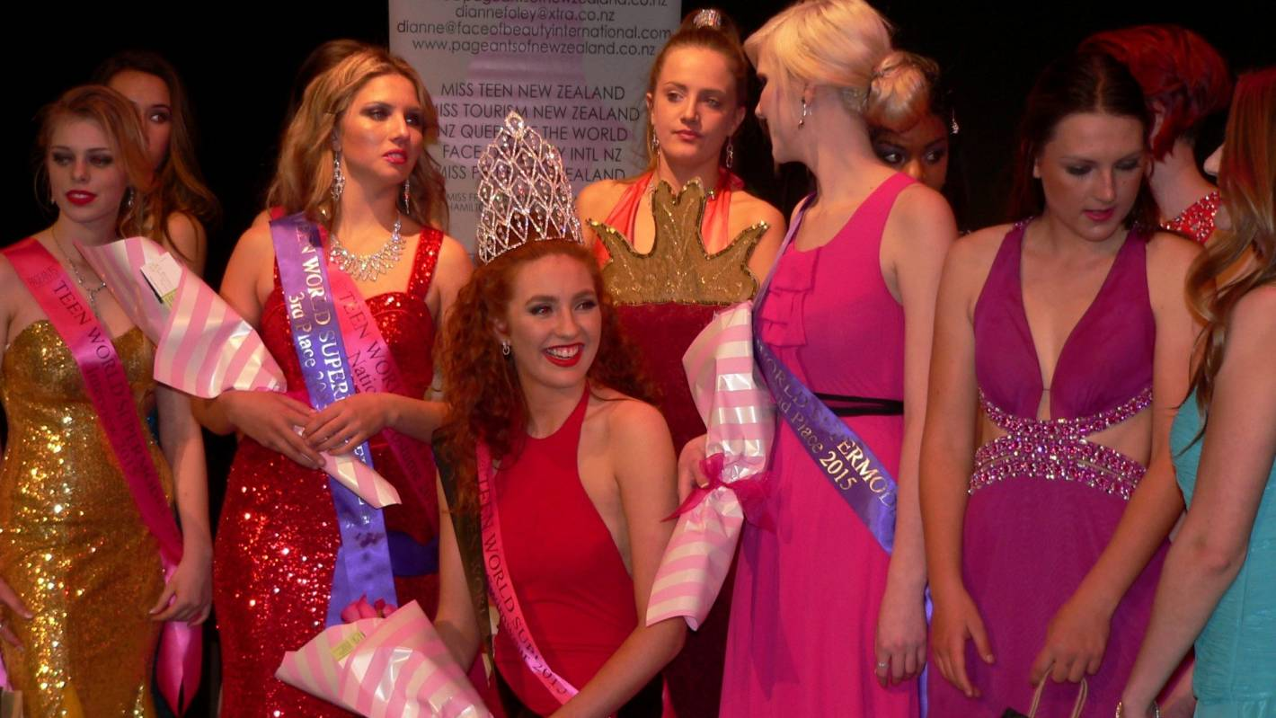 Hamilton Teen Wins Nz Teen Supermodel Title Stuff Co Nz