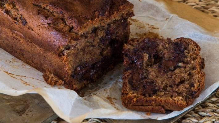 Loaf Cake Recipes Nz: Recipe: Banana, Chocolate And Almond Cake