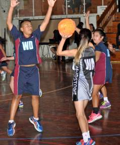 Hutt Intermediate called on Caleb Mapu to beat rivals Maidstone 31-30. Intermediate netball rules allow two boys to play.