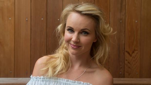 US based New Zealand actress Kimberley Crossman talks about her new comedy role on TV3.