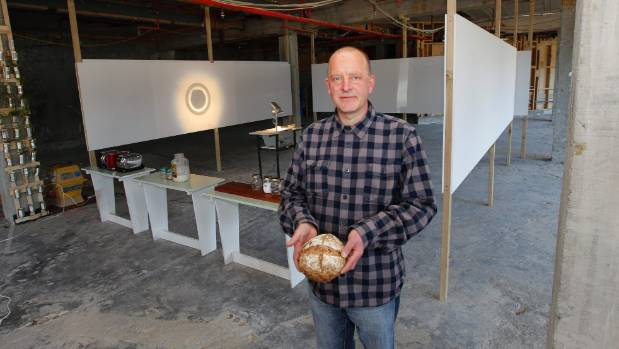 Artist Simon Baker has taken over the Porirua McDonald's to bake bread and is encouraging other artists to come down and ...