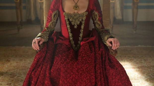 Rachel Skarsten says her Reign costumes were difficult to wear during the summer months of filming on the third series.