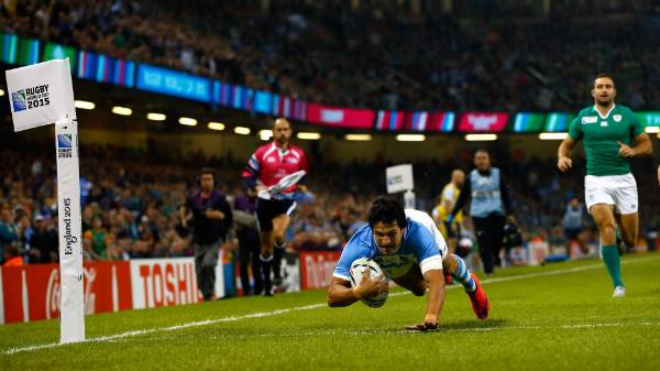Matias Moroni dives in for the first points of Argentina's Rugby World Cup quarterfinal clash with Ireland.