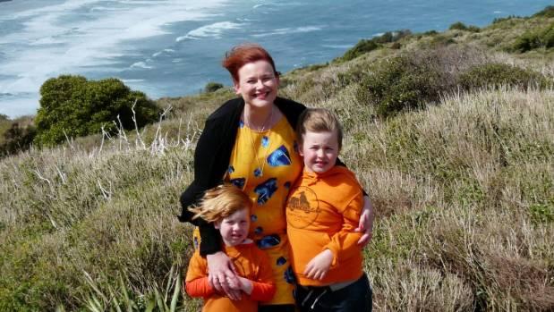 Amie Richardson with sons Oli, 6, and Jasper Biggs