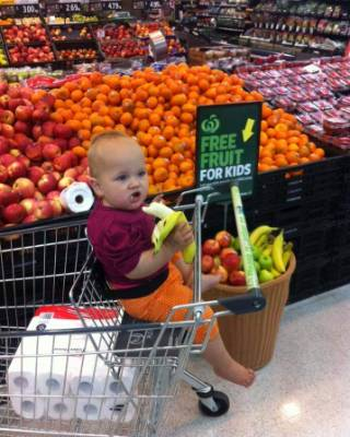 Kelsie Brophy-Watts said her daughter enjoyed her banana at a Countdown store in Whangarei.