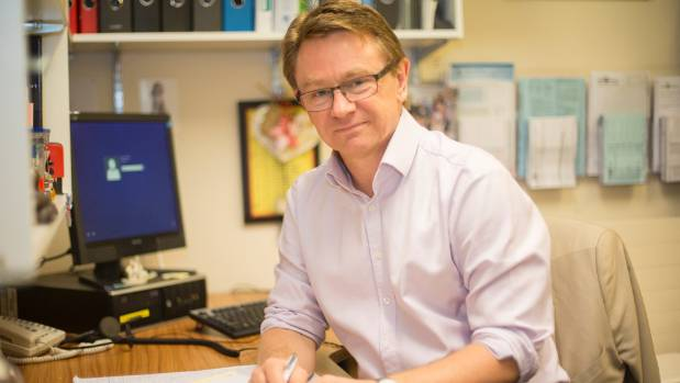 """Paediatrician Russell Wills: """"The message is very simple: if you think you might be pregnant don't drink."""""""