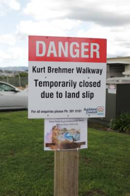 A landslip in Avondale has become dangerous forcing the council to close a section of the Kurt Brehmer Walkway.
