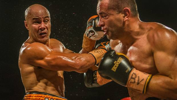 Former Kiwis and Warrior's enforcer, Monty Betham proved too strong for reigning cruiserweight champ James Langton.