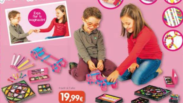Toy store takes a stand on gender-specific advertising ...