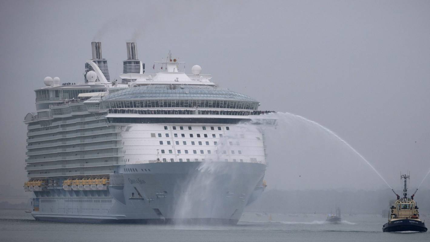 Norovirus Outbreak Sickens 277 On Oasis Of The Seas After