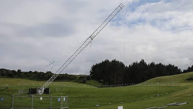 53-metre Porirua radio mast toppled | Stuff co nz