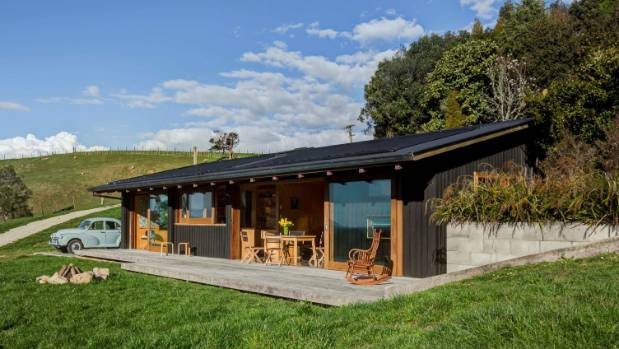 a 66 square metre te kuiti sleepout by studio nord in association with sills van bohemen - Small House Living