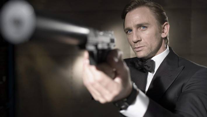 Gemeinsame Time for James Bond films to quit smoking, scientists say | Stuff @IY_73