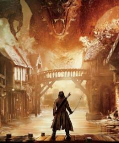 Bard the Bowman (Luke Evans) faces down his foe, Smaug, in The Hobbit: The Battle of the Five Armies.