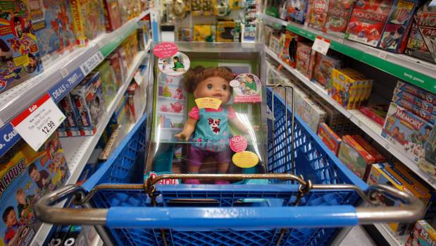 Toys R Us has ditched gender-targeted marketing in-store - and now online.