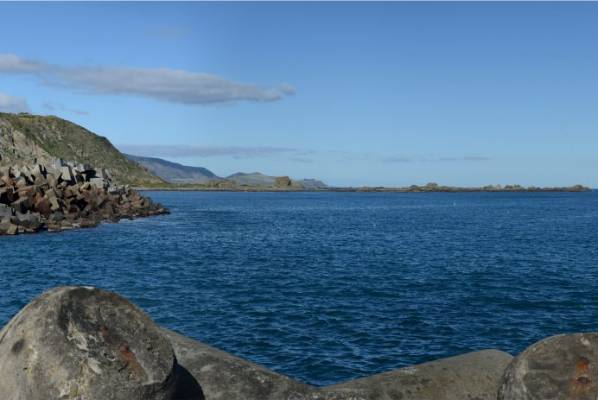 The existing view from the breakwater on Moa Point Rd.