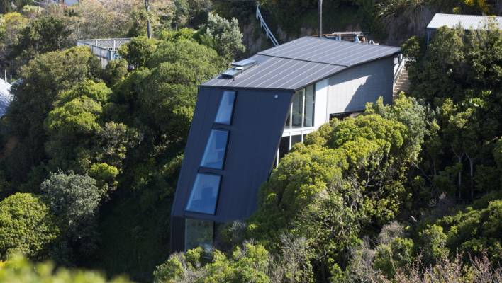 Grand Designs Cliffhanger House For Sale And There S Another On The