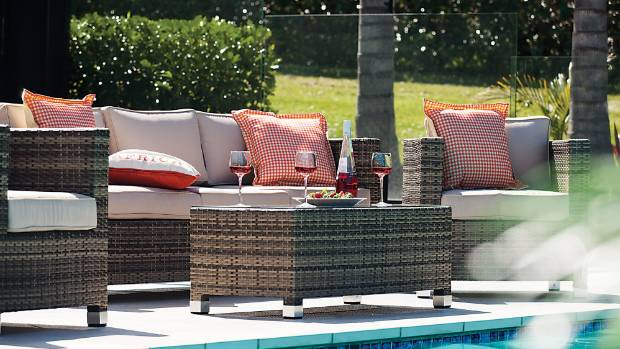 Outdoor furniture trends for summer for Outdoor furniture auckland