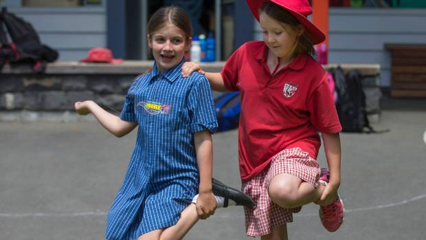 Sophie Dawson, 9, and Sophie Lumb, 8, became instant friends after meeting at an end of year party.