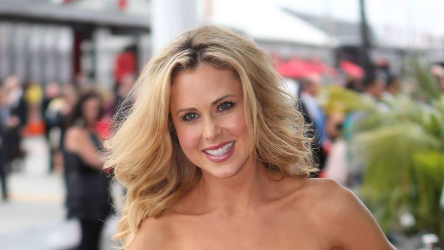 Young Anna Hutchison naked (95 photo), Tits, Is a cute, Twitter, braless 2019