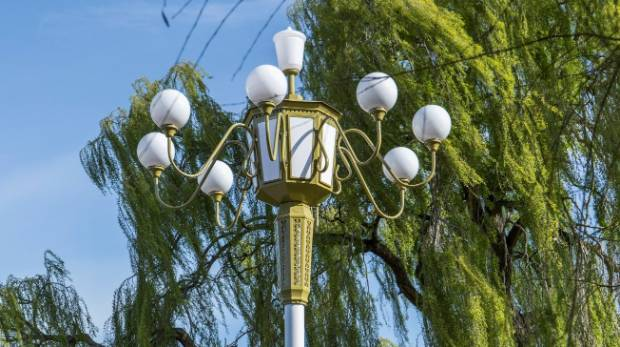 Featuring a growing number of individual street lights representing global cities, Mischa Kuball's Solidarity Grid has ...