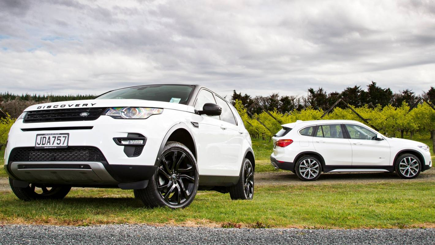 head to head land rover discovery sport v bmw x1 comparison test. Black Bedroom Furniture Sets. Home Design Ideas