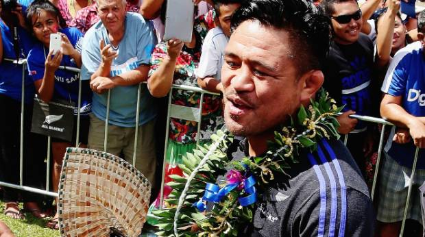All Blacks hooker Keven Mealamu greets fans in Apia ahead of his side's historic test against Samoa earlier this year.