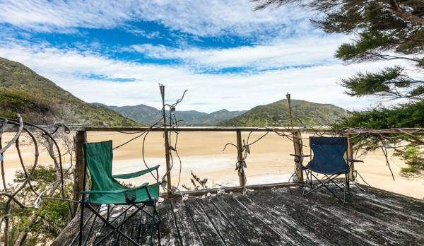 A Christchurch man started the crowd-funding campaign to buy the private beach and gift it to New Zealand.