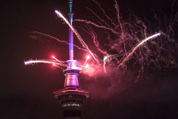 31122015 News Photo:  Bevan Read / Fairfax NZ First to welcome 2016.  Auckland sets the tone with a bang, 5mins of ...