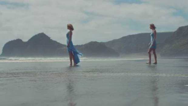 Despite all the controversy, Auckland's Bethells beach puts on a star performance in Taylor Swift's latest video.