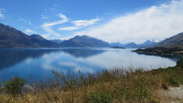 The shores of Lake Wakatipu are the perfect setting for romance.