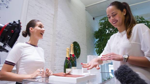 Ana Ivanovic is gifted a ring valued at over $20,000 from Auckland jewellers Naveya and Sloane, ahead of the ASB Classic ...