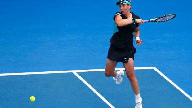 Marina Erakovic of New Zealand bowed out against Alexandra Dulgheru of Romania.