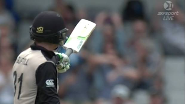 Martin Guptill breaks record for fastest 50 in New Zealand T20 cricket.