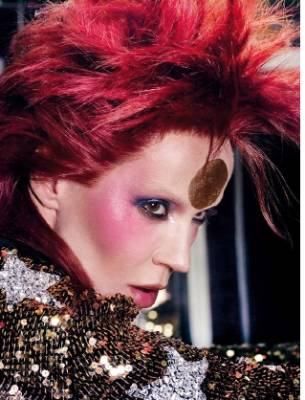 Daphne Guinness channeled Bowie in this shoot for Vogue Germany. How stunning is that makeup?