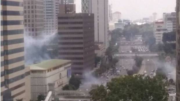 A blast went off in front of a shopping mall in central Jakarta.