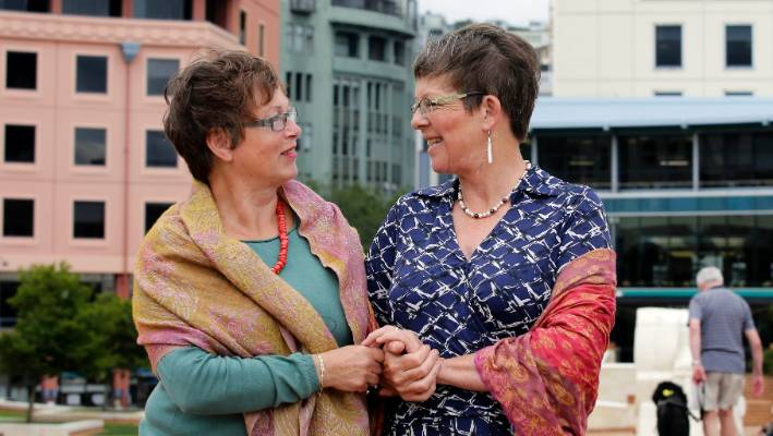 c2be65b842c4 Brigitte Rupp conquered her fear of flying to meet her half-sister,  Wellington Mayor