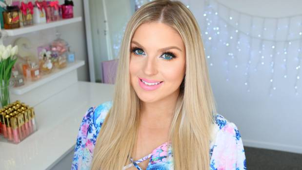 New censorship restrictions on youtube hit users in the pocket kiwi vlogger shannon harris otherwise known as shaaanxo has more than 2 million subscribers solutioingenieria Images