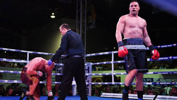 New Zealand heavyweight boxer Joseph Parker (right) extended his unbeaten record to 18-0 after knocking out American ...