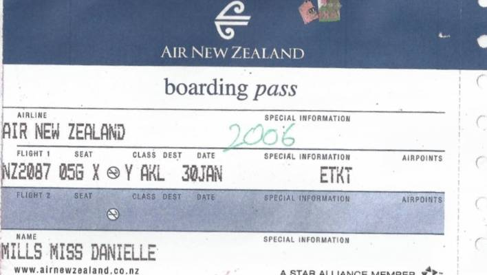 Ten Years After Meeting On An Air New Zealand Flight They Re