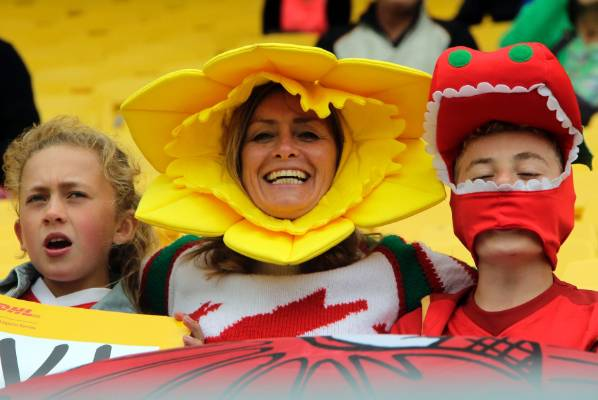 Tegan Butler, 12, Merys Butler and Tomos Butler, 13, of Napier, at the 2016 Wellington Sevens to supoprt their native Wales.