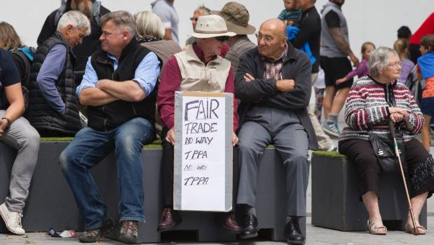 Michael Malloch (left) and Earle Pilcher discuss the ins and outs of the TPPA.
