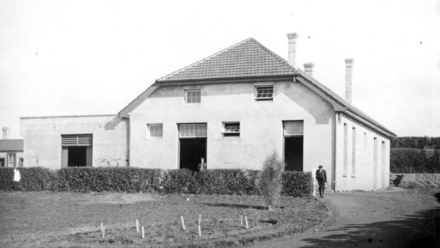 Te Kauwhata winery was built in 1902 by the New Zealand government as the country's first viticulture research station.